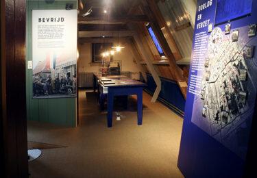 """Foto bij het artikel: """"'Ons' museum is open"""""""
